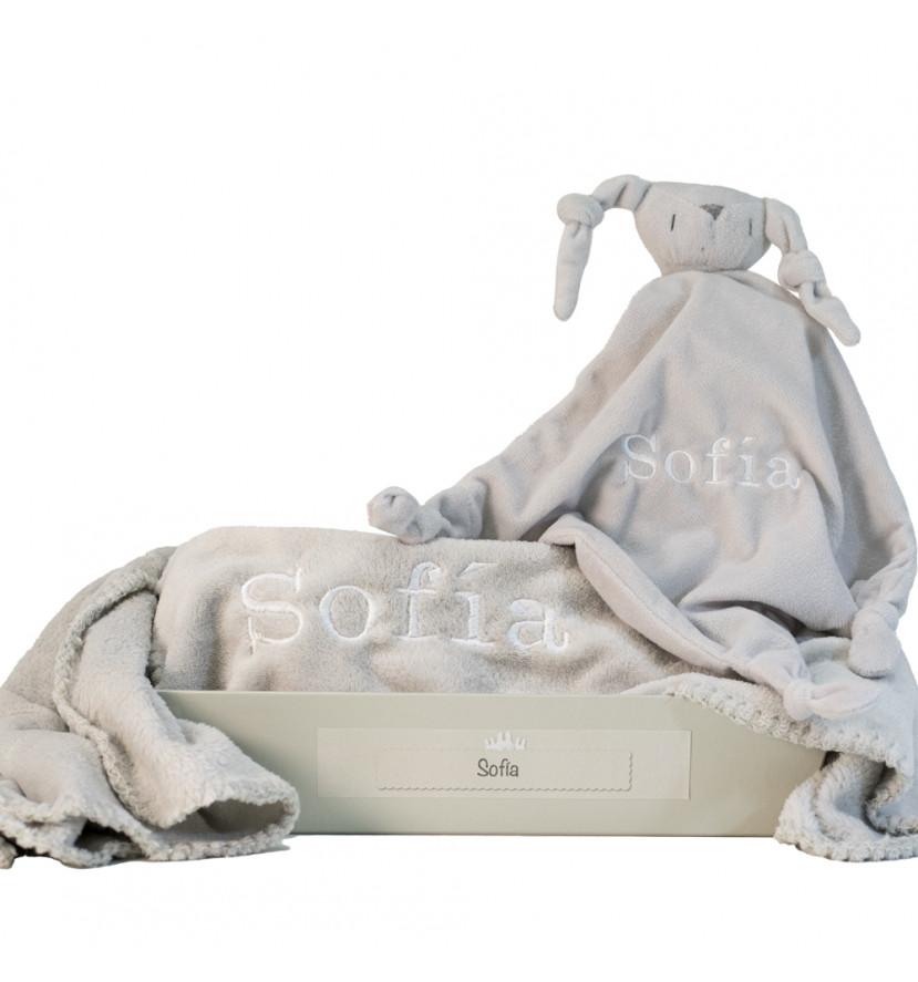 Cadeau couverture et doudou personnalisés gris